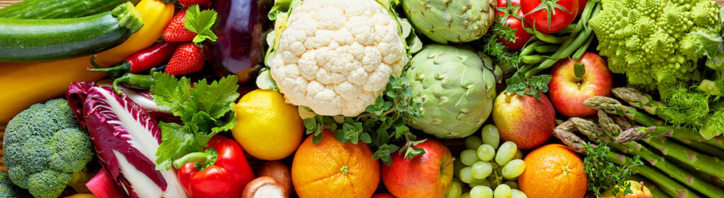 Fruits and veggies displayed horizontally